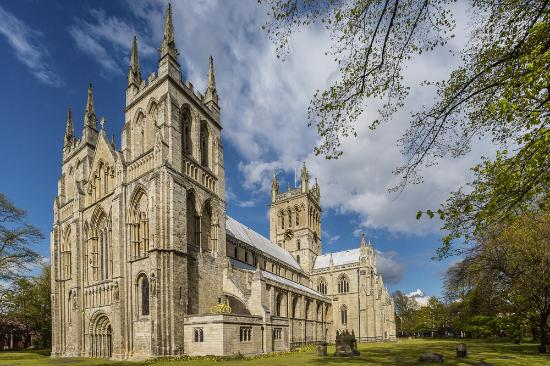 selby-abbey-from-the